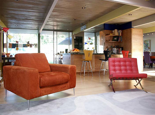 John Klopf's first Eichler remodel. An unpretentiousness and openness invites both relaxation and movement.
